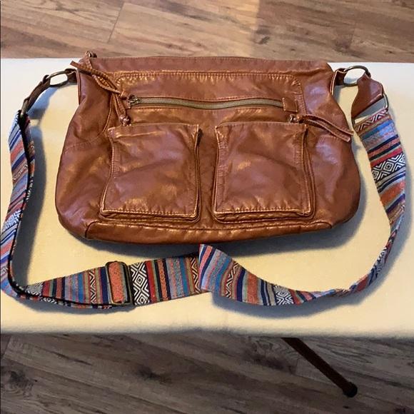 Crossbody brown pleather purse